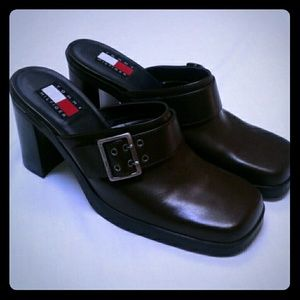 Tommy Hilfiger Brown Clogs Heels Buckle Shoes 7.5